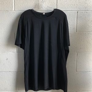 Lululemon men's black s/s top sz XXL 60817